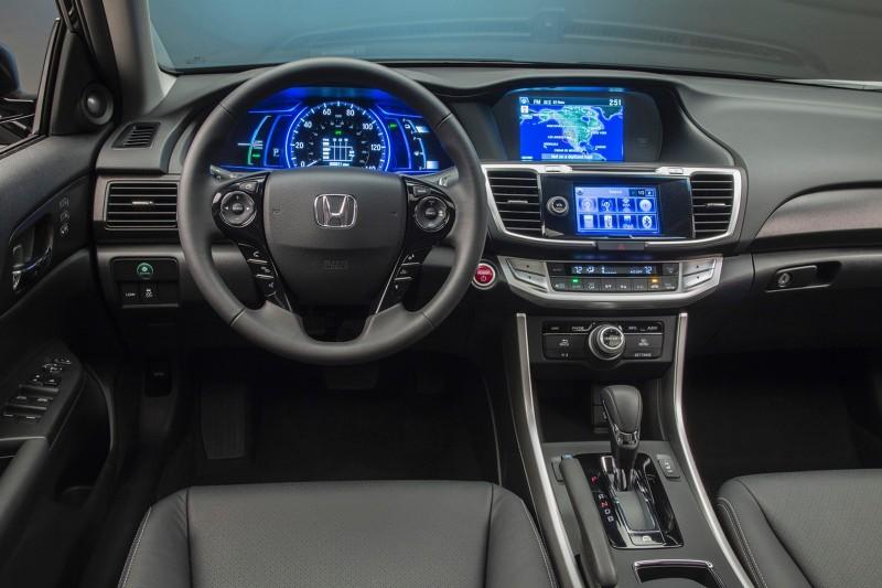 2014 Hyundai Sonata Hybrid Inerior